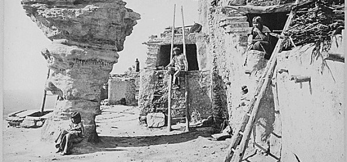 50 Years Ago: Hopi traditionalists sue their tribal council