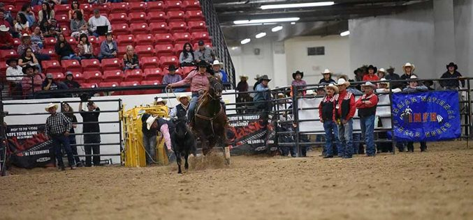 Ganado breakaway roper stays in contention for INFR world title